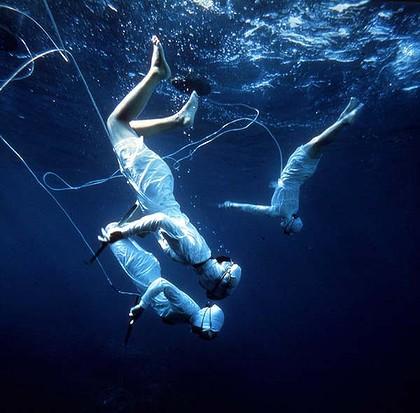 Pescadoras de perlas (Fotografía tomada de: http://secretsofajewishbaker.blogspot.com.es/2012/03/ama-pearl-divers.html)
